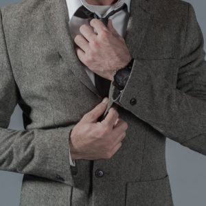 Male-Fashion-Winter-Jacket-And-Grey-Jeans-Straightening-Tie